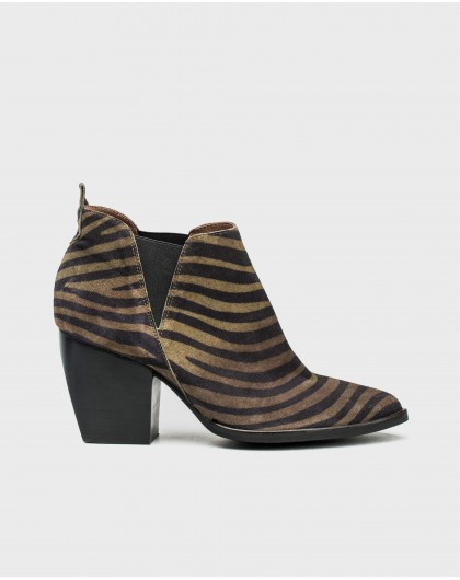 Wonders-Outlet-Zebra print cowboy ankle boot