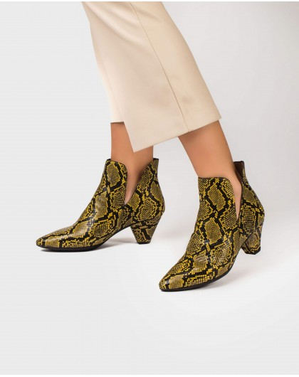 Wonders-Ankle Boots-Open snakeprint ankle boot