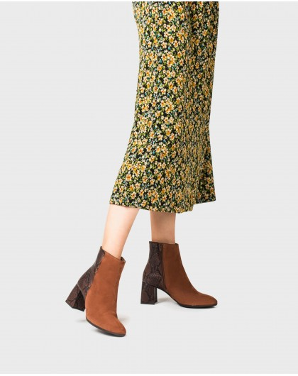 Wonders-Ankle Boots-Leather ankle boot with snake print