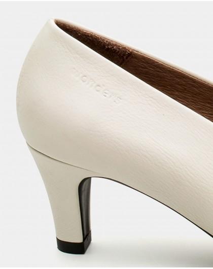 Wonders-Outlet-Kitten heel throat court shoes