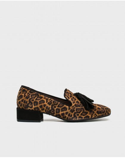 Wonders-Outlet-Zebra print moccasin with tassel detail