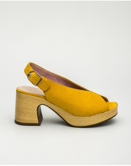 Wonders-Outlet-Suede leather sandal with throat