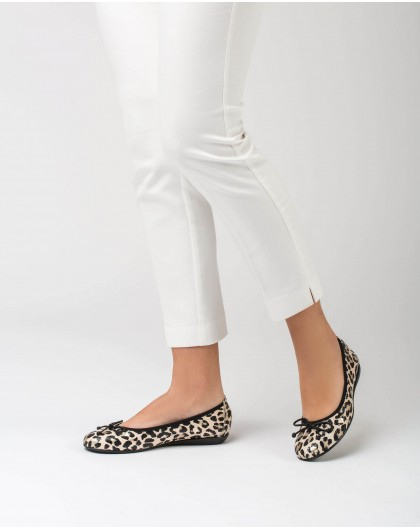 Wonders-Flat Shoes-Embossed ballet pump with bow
