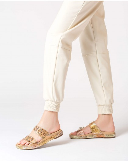 Wonders-Flat Shoes-Flat sandal with buckles