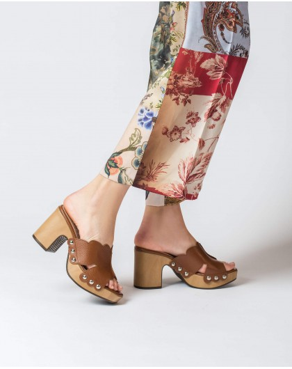 Wonders-Heels-Leather platform clog
