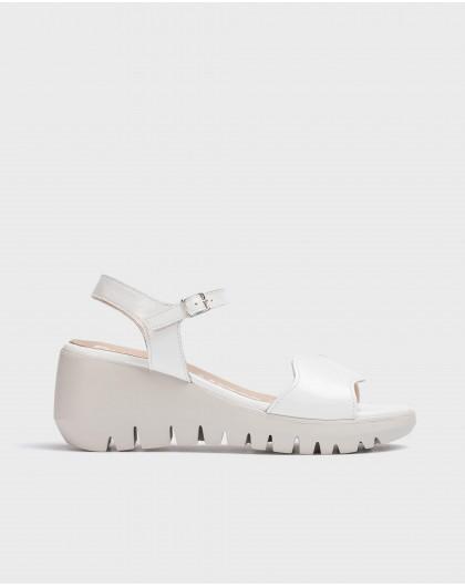 Wonders-Wedges-Patent leather wave sandal