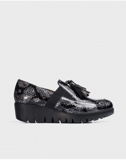 Wonders-Wedges-Lead Candy Moccasin