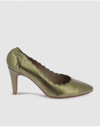 Wonders-Heels-Metalic leather court shoe with wave detail