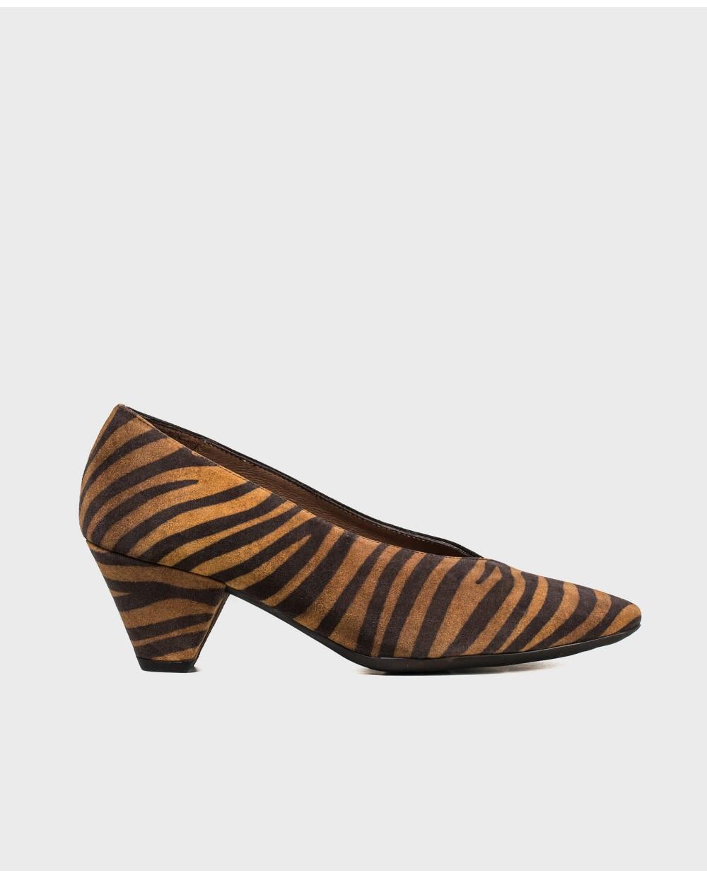 Wonders-Heels-Dual cut leather shoe
