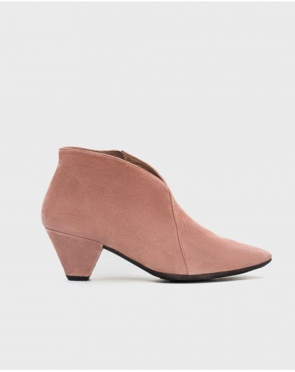 Wonders-Heels-Suede leather ankle boot with V throat