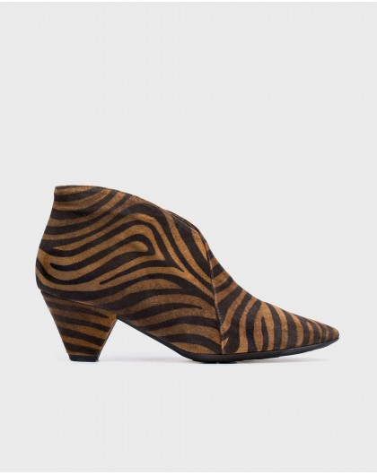 Wonders-Heels-Animal print bootie shoe