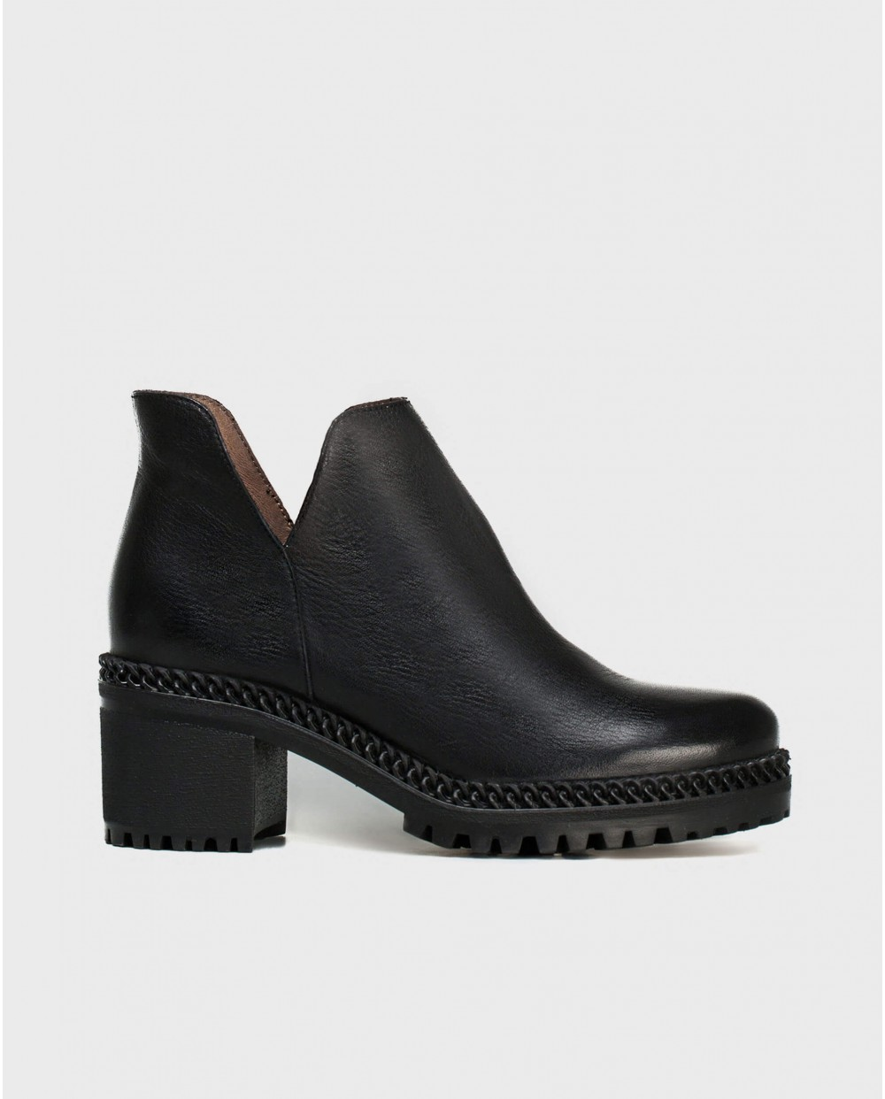 Wonders-Ankle Boots-V cut leather ankle boot