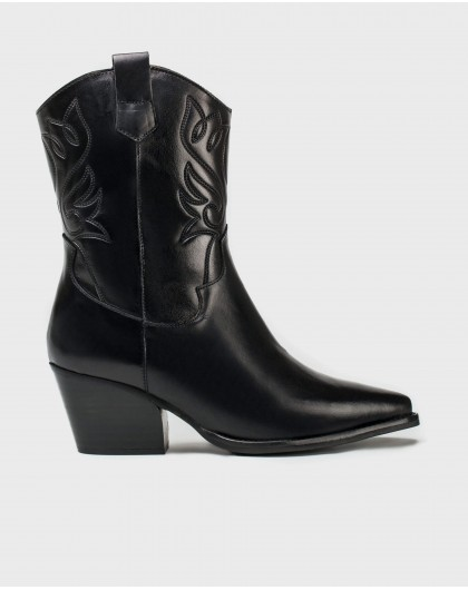 Wonders-Ankle Boots-Embroidered ankle boot
