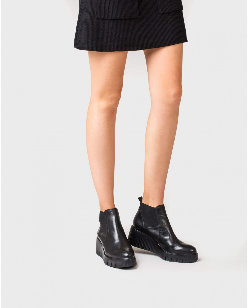 Wonders-Wedges-Leather ankle boot with elastic