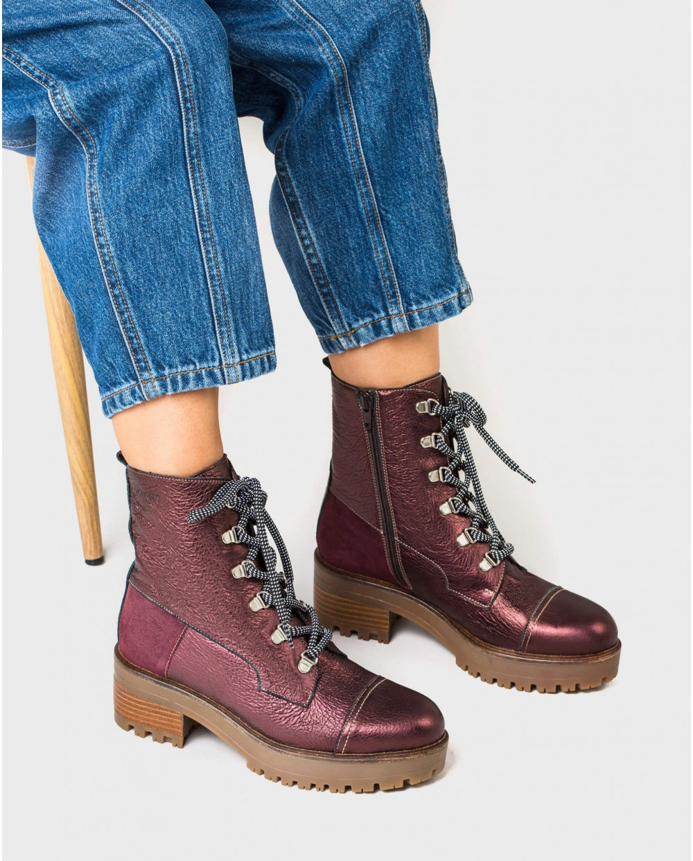 Wonders-Outlet Women-Metallic leather ankle boots with laces