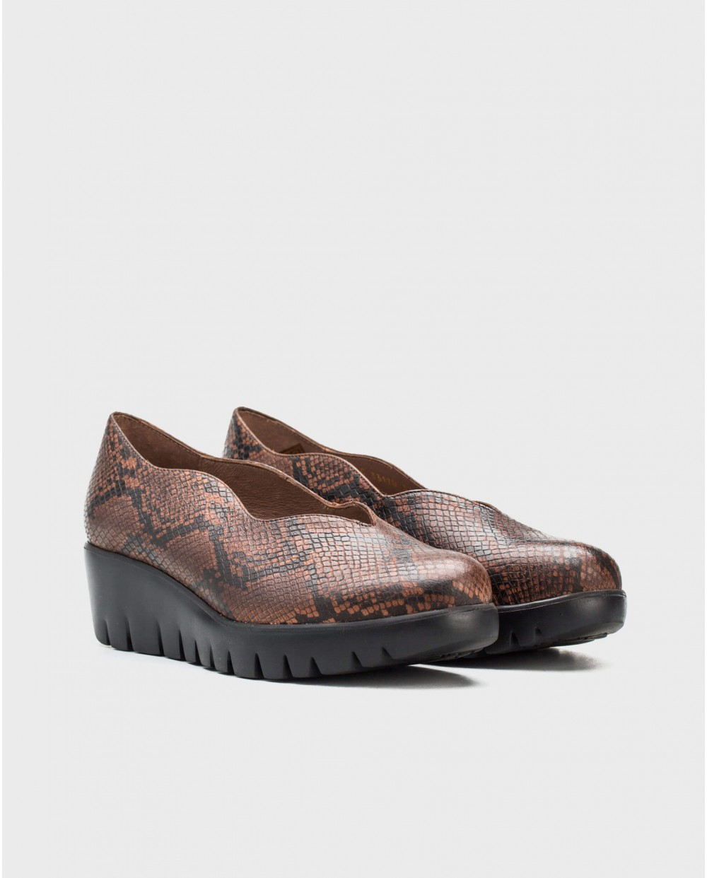 Wonders-Wedges-Leather snake print moccasins
