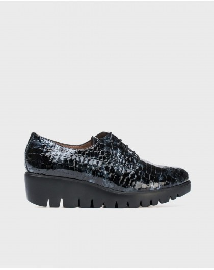 Wonders-Collections-Textured patent leather brogues