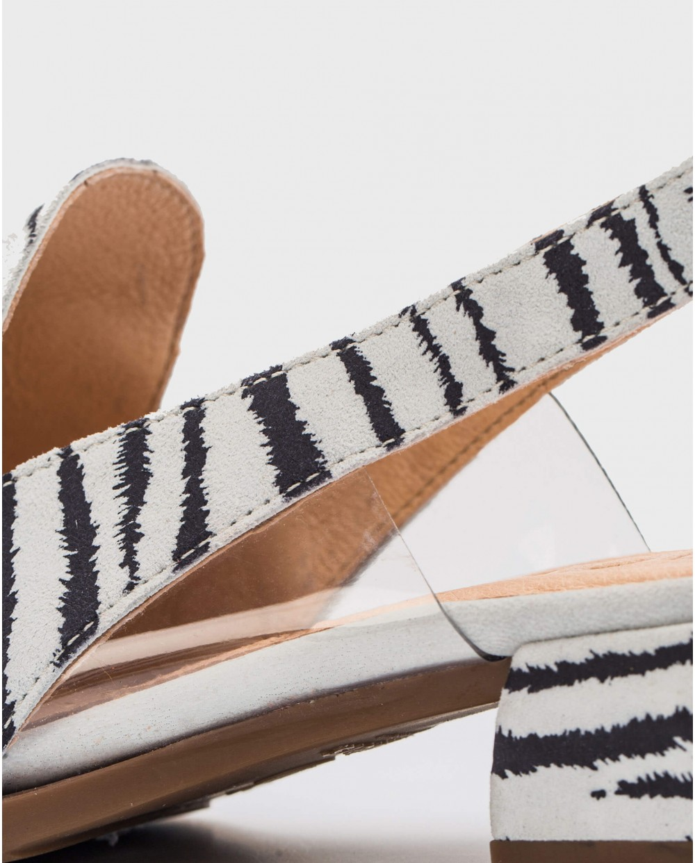Wonders-Flat Shoes-Backless shoe with vinyl detail