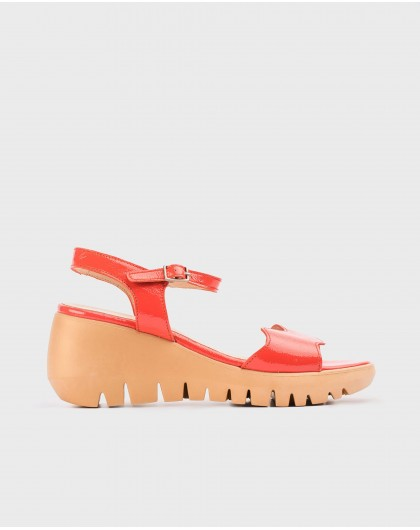 Wonders-Wedges-Patent leather wave sandal