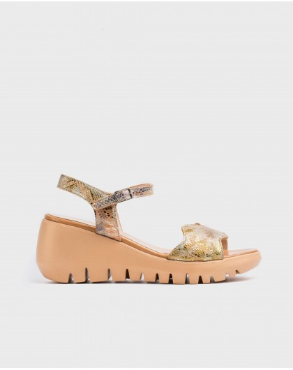 Wonders-Wedges-Scale effect leather wedge sandal