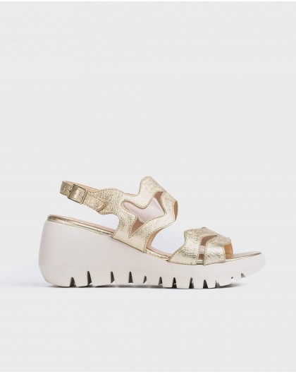 Wonders-Sandals-Metallic sandal with vinyl detail