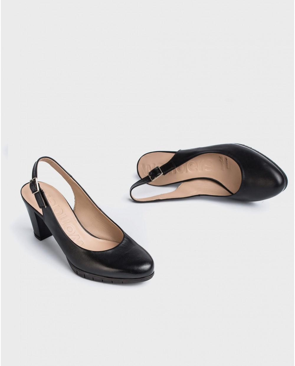 Wonders-Women-Leather court shoe