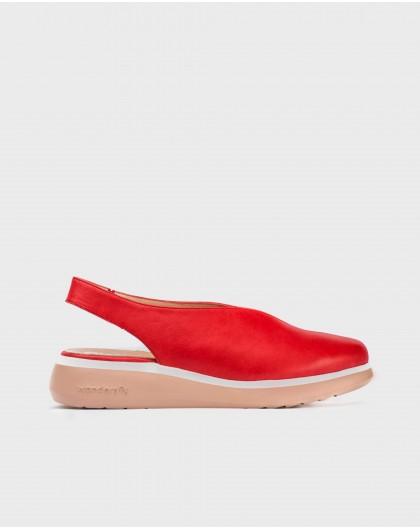 Wonders--Leather V cut shoe