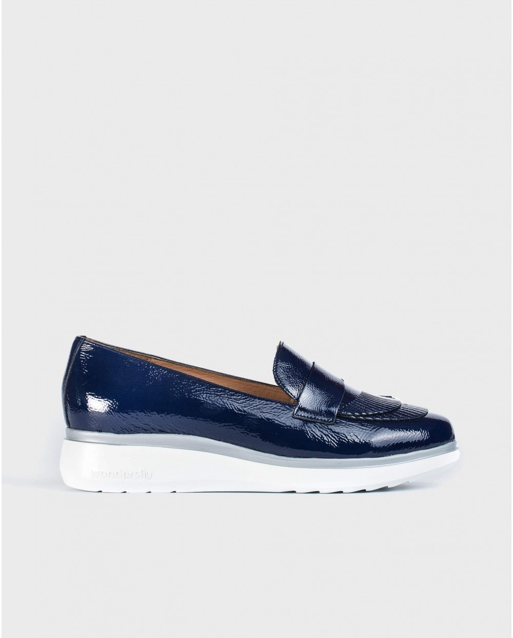 Wonders-Women-Patent leather moccasins with fringe detail