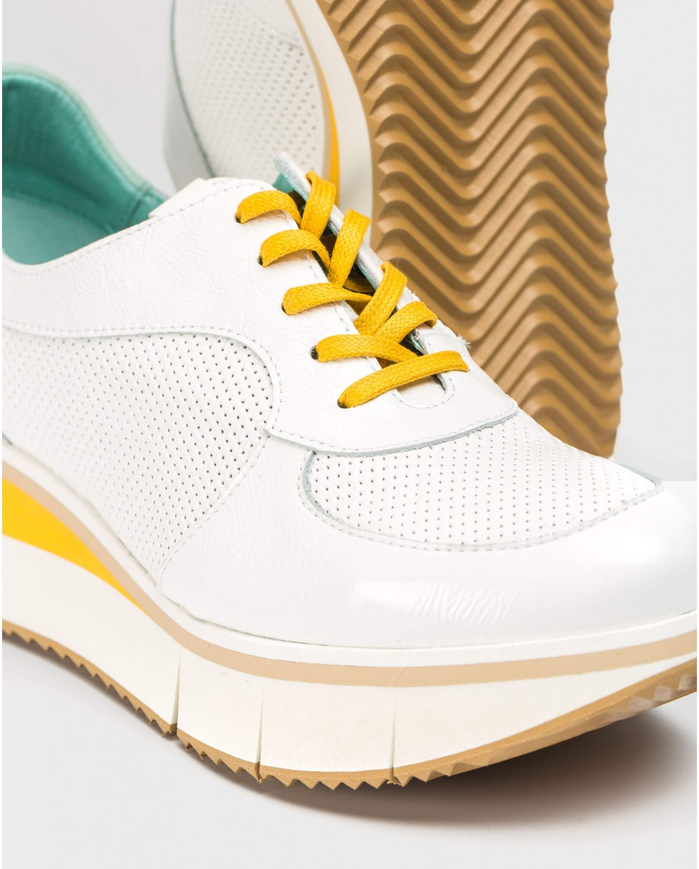 Wonders-Sneakers-Micro-perforated sneaker