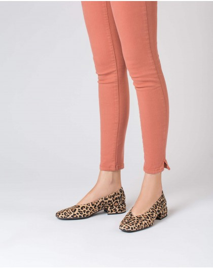 Wonders-Outlet-Flat shoe with animal print