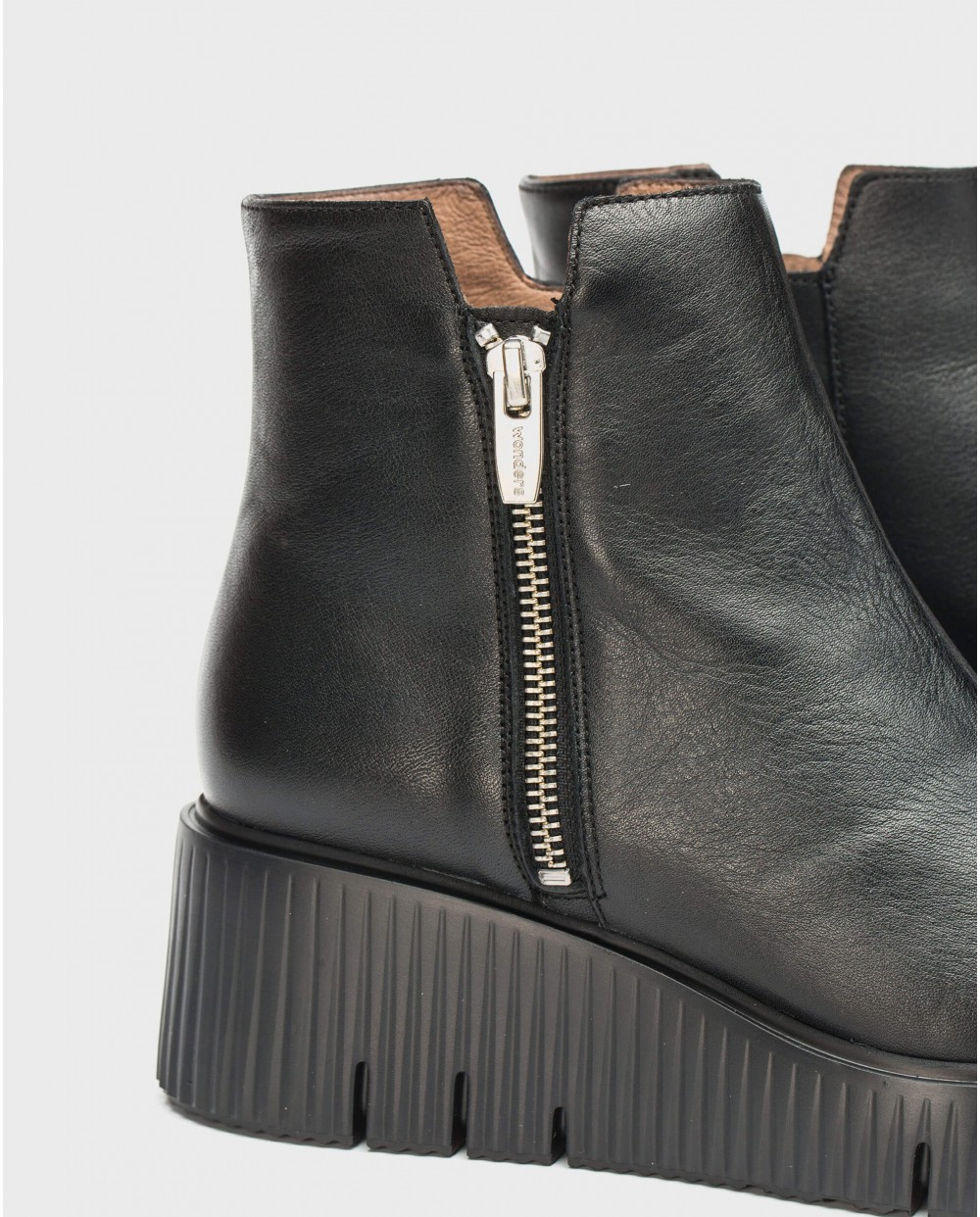 Wonders-Ankle Boots-Track ankle boot with zip