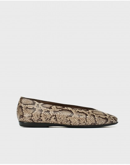 Wonders-Flat Shoes-Ballet pump in a combination of animal print