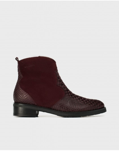 V cut leather ankle boot