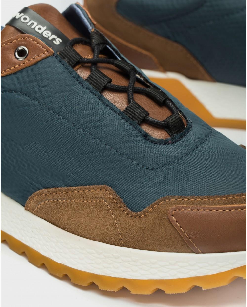 Wonders-Sneakers-Senaker with shoelaces