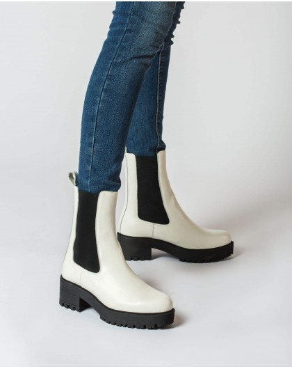 Wonders-Outlet-Track sole ankle boot with elastic
