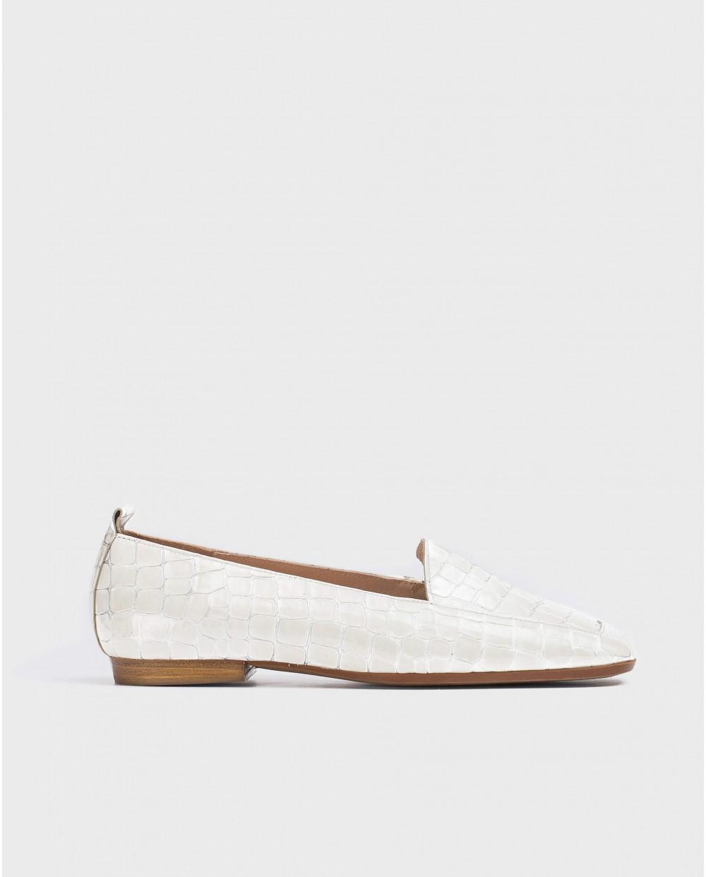 Wonders-Women-Flat embossed leather shoe