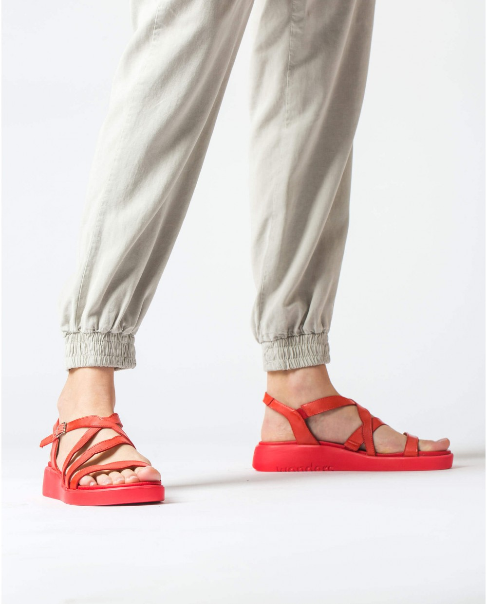 Wonders-Sandals-Flat sandal with waves