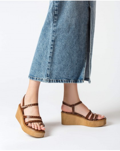 Wonders-Sandals-Platform sandal with toe post