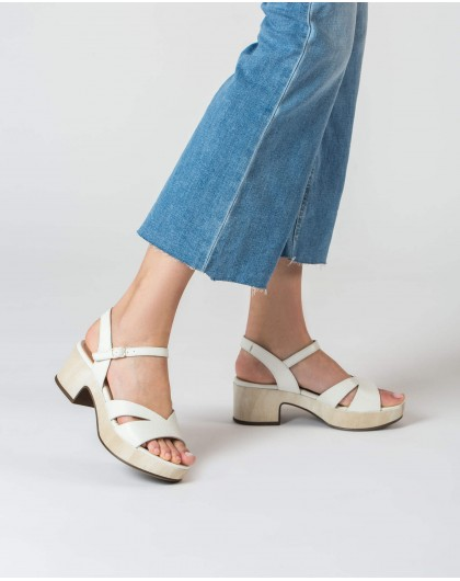 Wonders-Sandals-Wedge sandal with V cut out