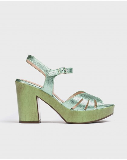 Wonders-Women-Leather sandal with side cut out detail
