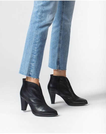 Wonders-Ankle Boots-Black Tictac Ankle Boot