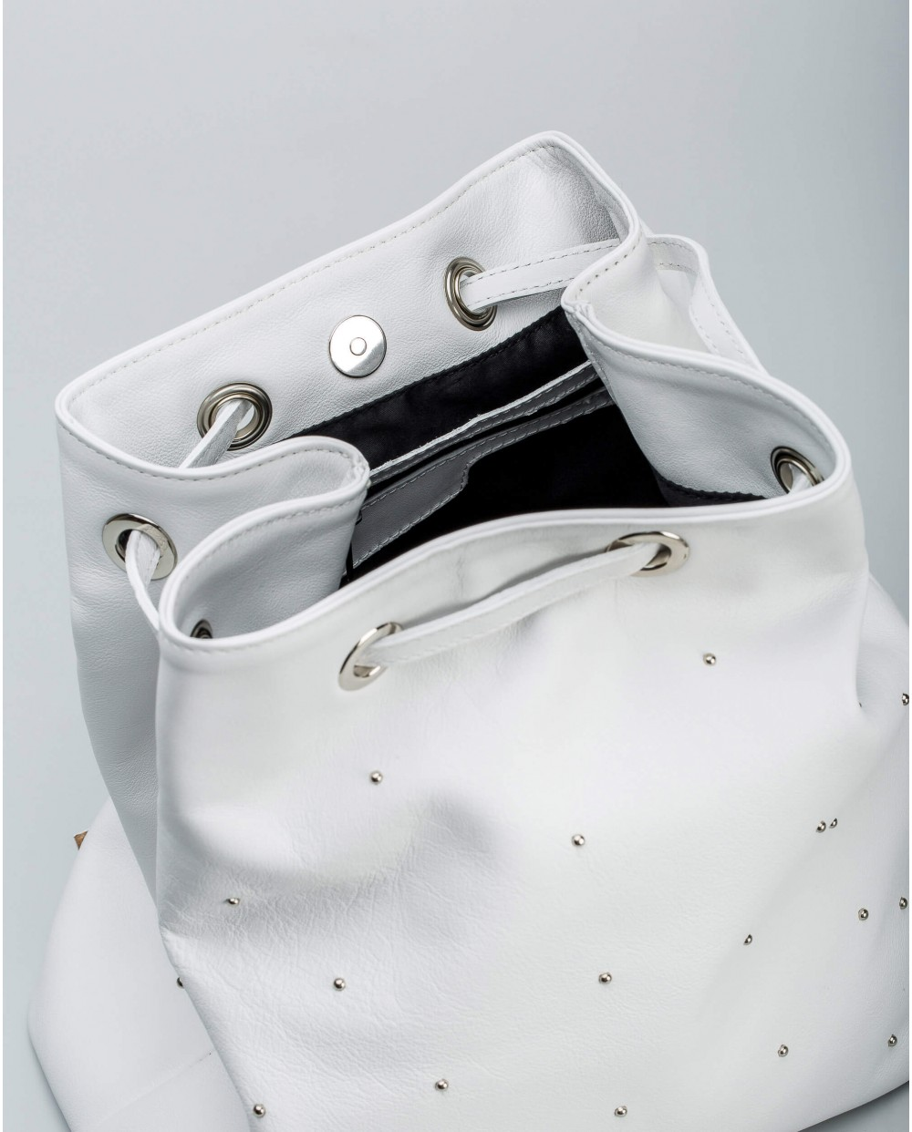 Wonders-Bags 30% OFF-Leather backpack with metallic detail