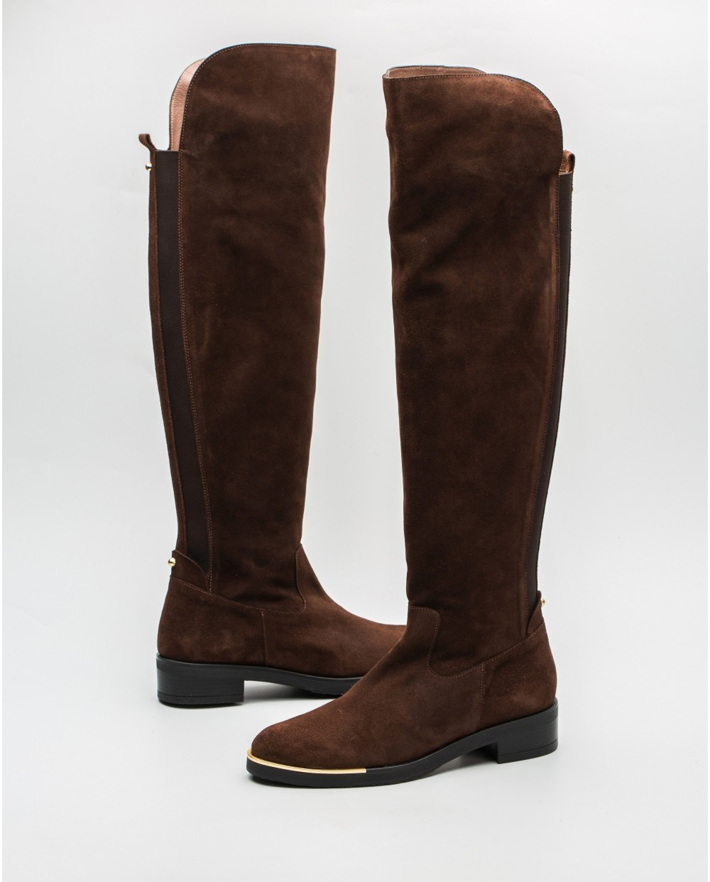 XL suede boots