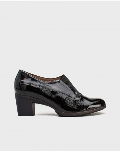 Wonders-Heels-Patent leather shoe with elastic