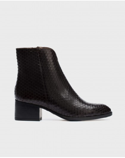 Wonders-Ankle Boots-Leather scale effect ankle boot