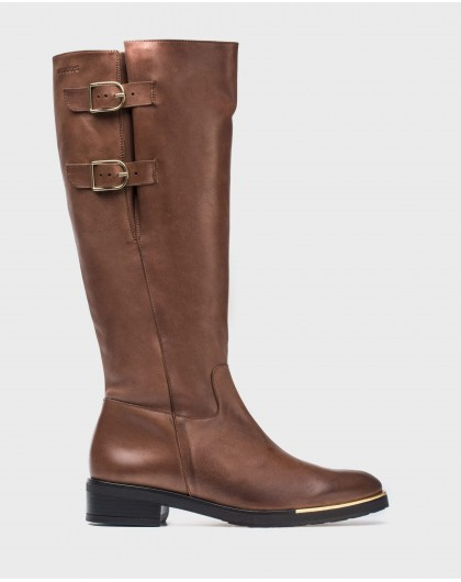 Leather boots with two buckles