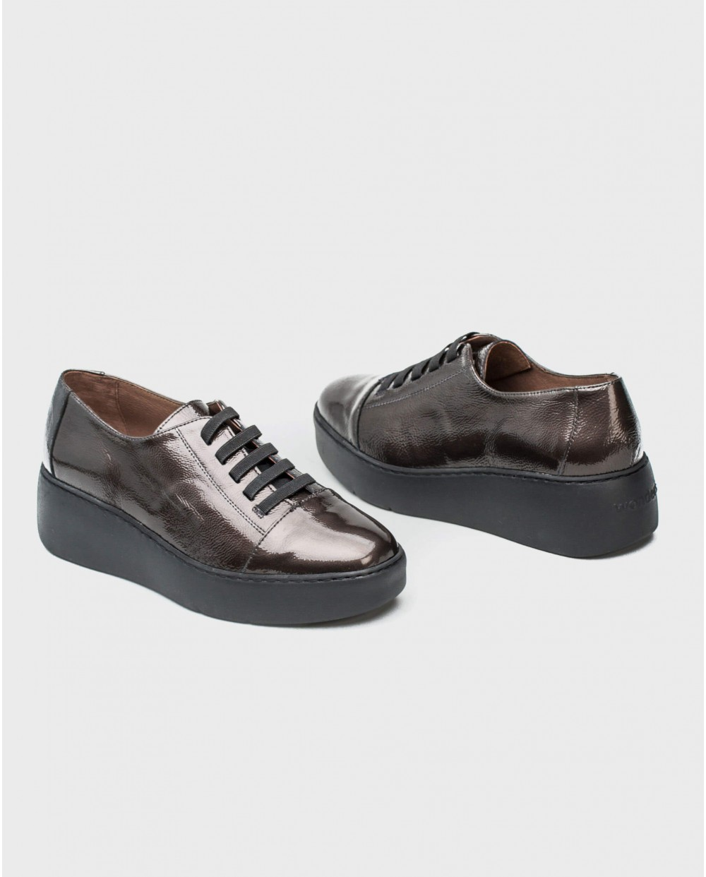 Wonders-Sneakers-Leather sneakers with elastic fastener