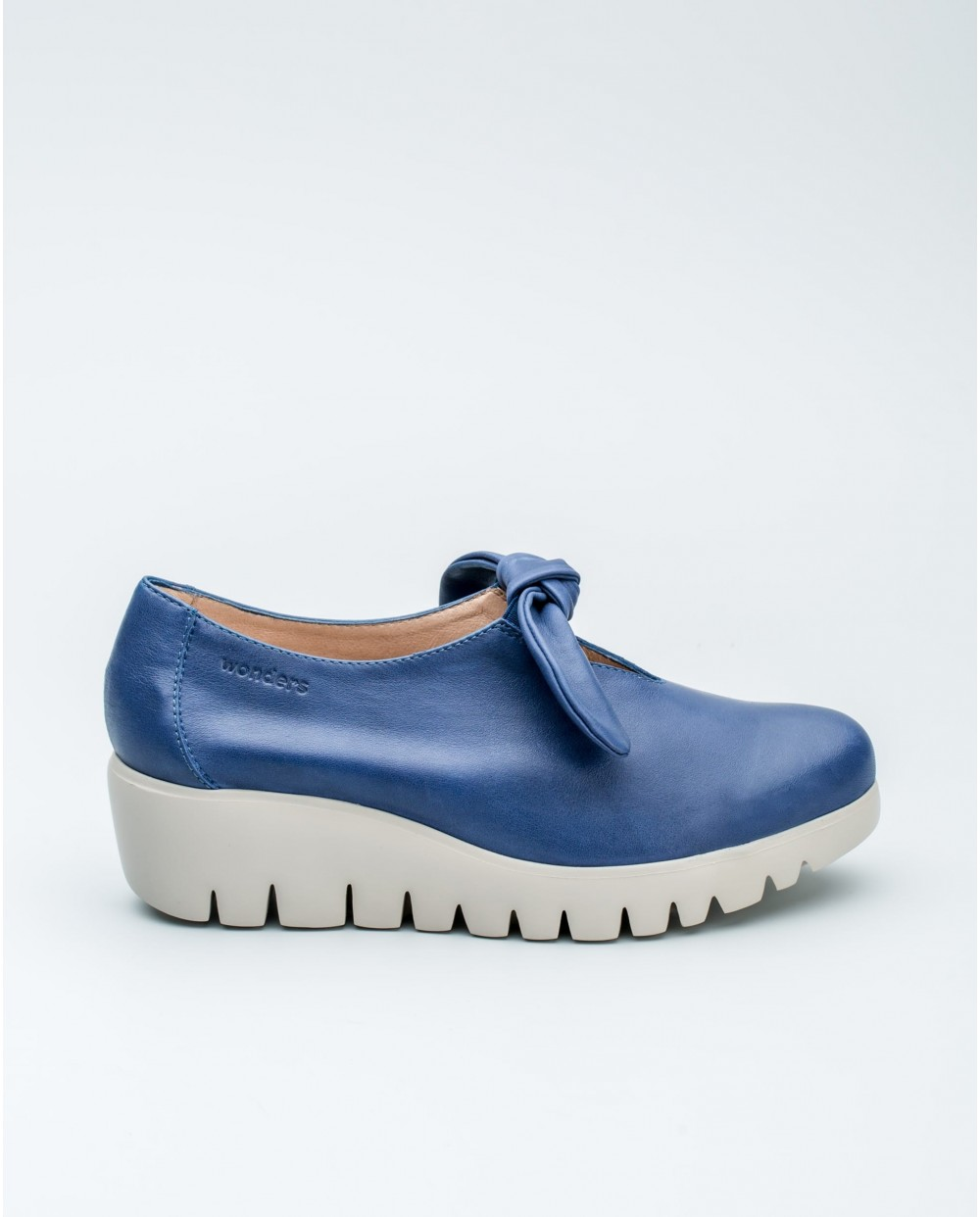 Wonders-Collections-Chain patent leather loafer