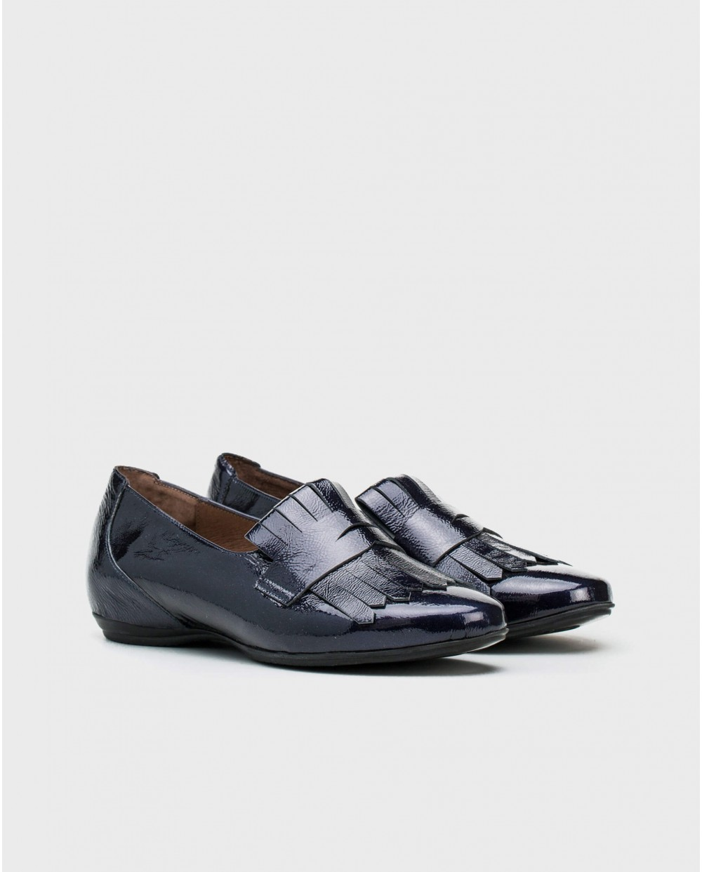 Wonders-Flat Shoes-Patent leather loafer with fringe