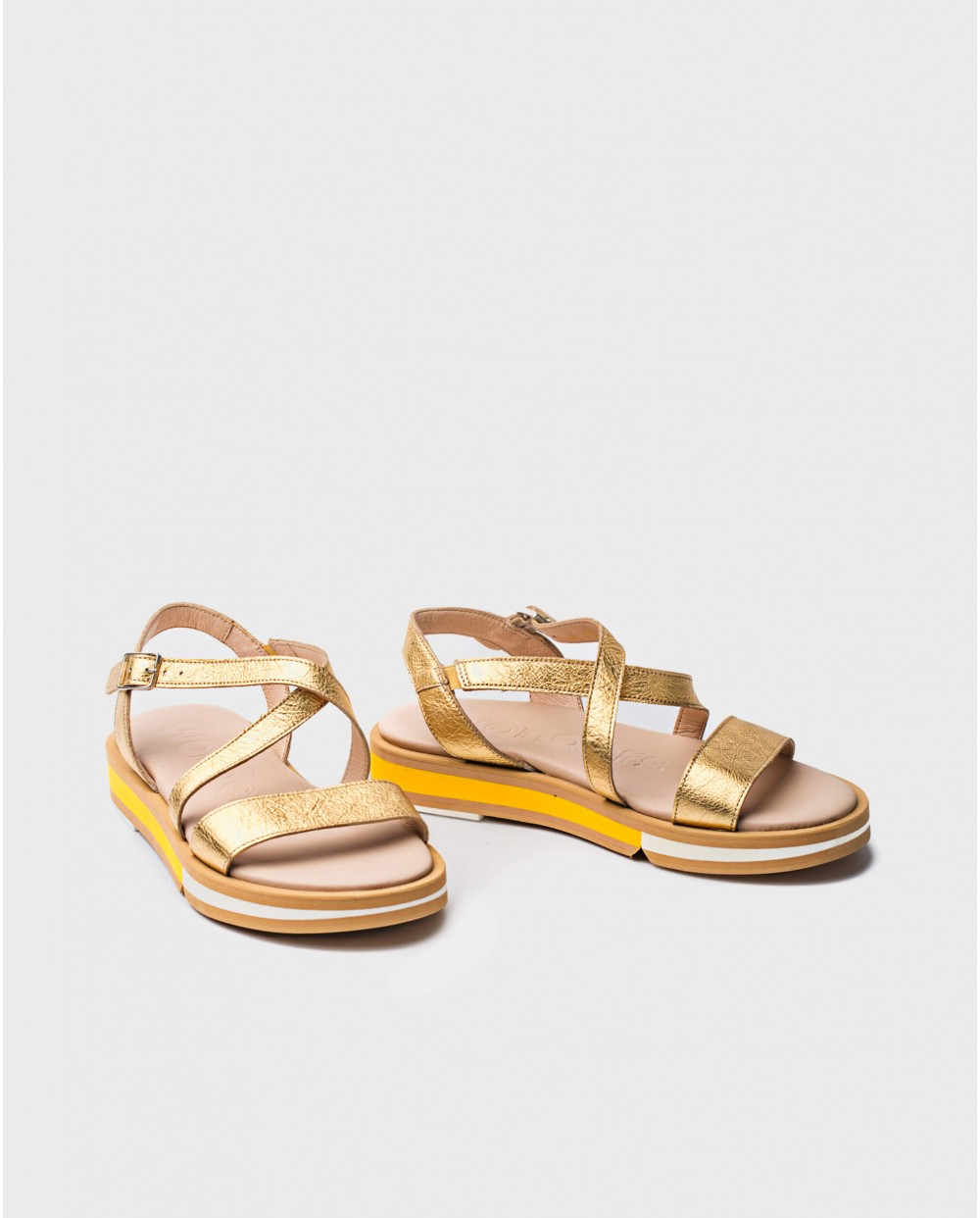 Wonders-Outlet-Sandal with metallic strap